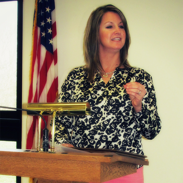 Kim Case Speaks to Local Business